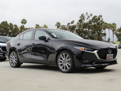 New 2019 MAZDA Mazda3 Preferred